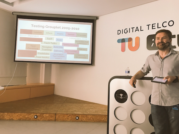Mike Bland delivering The Rainbow of Death at the Software Craftsmanship Madrid Meetup at the Tuenti office in Madrid, Spain on June 13, 2017