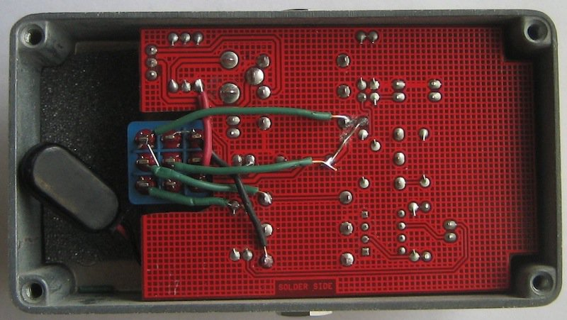 top view of the finished mxr micro amp true bypass wiring